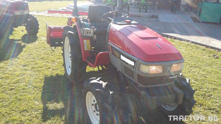Трактори Kubota F250 0 - Трактор БГ
